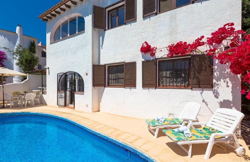 Villa en alquiler vacacional en benissa bellavista 2 for Pisos alquiler bellavista