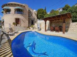 Villa clásica y confortable en Benissa, en la Costa Blanca, España  con piscina privada para 4 personas
