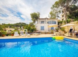 Villa clásica y confortable  con piscina privada en Benissa, en la Costa Blanca, España para 6 personas