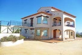 Villa en Benissa, en la Costa Blanca, España  con piscina privada para 16 personas, Benissa