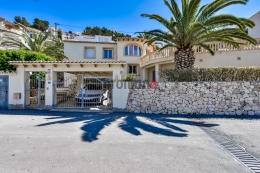 Villa Karina,Villa preciosa y confortable en Benissa, en la Costa Blanca, España  con piscina privada para 6 personas...