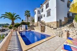 Villa Marta,Villa bonita y confortable...