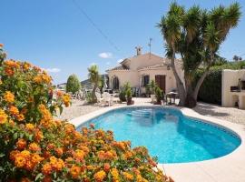 Villa preciosa y confortable  con piscina privada en Benitachell, en la Costa Blanca, España para 6 personas