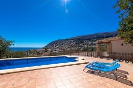 Villa bonita y confortable  con piscina privada en Calpe, en la Costa Blanca, España para 4 personas, Calpe