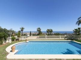 Villa confortable  con piscina privada en Denia, en la Costa Blanca, España para 4 personas
