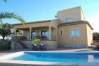 VISTA  345,Impresionante villa...