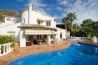 Casa Chimo,Villa grande y confortable  con piscina privada en Moraira, en la Costa Blanca, España para 8 personas...