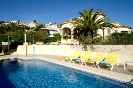 Villa preciosa y acogedora  con piscina privada en Moraira, en la Costa Blanca, España para 4 personas, Moraira