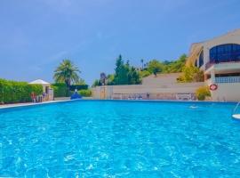 Casa de vacaciones rústica y clásica  con piscina comunitaria en Teulada, en la Costa Blanca, España para 4 personas