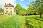Beautiful and comfortable villa in Arrondissement d'Auxerre, Burgundy, France for 14 persons. The villa is situated in a hilly, rural, wooded and residential area, at 5 km from Joigny and at 0,025 km from yonne. The villa has 7 bedrooms, 4 bathrooms and2 guest toilet, spread over3 levels. The accommodation offers privacy and a beautiful lawned garden with gravel and trees. Its comfort and the vicinity of sports activities, sights and culture make this a fine villa to celebrate your holidays with family or friends. Interior of the villa, Arrondissement de Sens