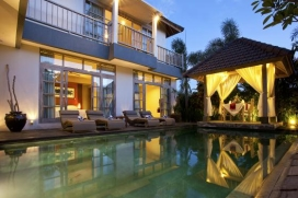 Large and luxury villa  with private pool in Canggu, Bali, Indonesia for 8 persons, Canggu