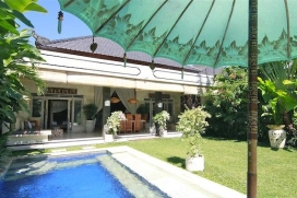 Wonderful and cheerful villa with private pool in Seminyak, Bali, Indonesia for 4 persons. The villa is situated in a residential area, close to restaurants and bars, shops and supermarkets and at 1 km from Kudeta beach. The villa has 2 bedrooms and , Seminyak