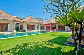 Large and luxury villa in Seminyak, Bali, Indonesia  with private pool for 10 persons, Seminyak