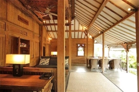 This traditional Javanese Joglo house is situated in a silent area on a short distance of the famous center of Seminyak with her many international restaurants and trendy boutiques.The teakwood Joglo house, with a traditional carved ceiling over 150 , Seminyak