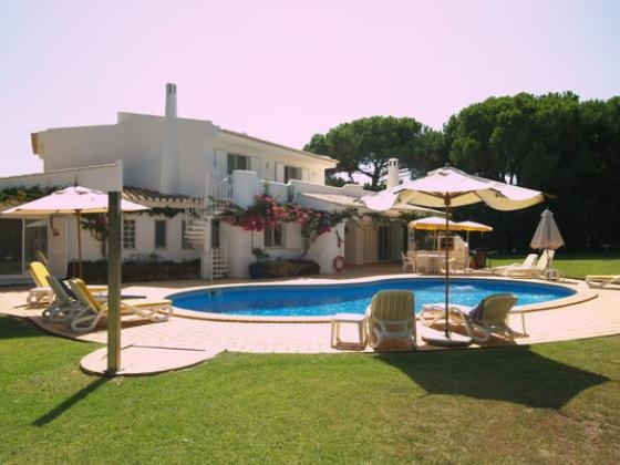 Pool Villas Ibiza and Algarve