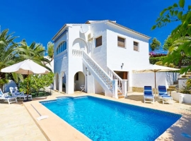 Beautiful and classic villa  with private pool in Benissa, on the Costa Blanca, Spain for 8 persons