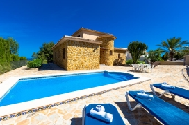 Beautiful and classic villa with private pool in Benissa, on the Costa Blanca, Spain for 4 persons. The villa is situated at 2 km from La Fustera beach and at 4 km from Moraira. The villa has 2 bedrooms and 1 bathroom. The accommodation offers a view, Benissa