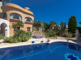 Villa in Benissa, on the Costa Blanca, Spain  with private pool for 2 persons