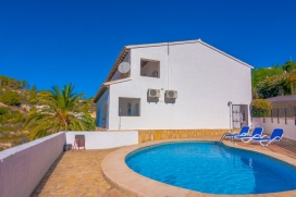 Peaceful villa with private pool in Benissa, Spain for 12 persons, to spend some relaxing holidays on the Costa Blanca with family, friends and also your pets. The villa is situated in a hilly and residential area and at 2 km from Cala Abogat beach. , Benissa