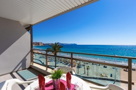 Comfortable apartment on the forth floor with communal pool in Calpe, Spain for 6 persons, for some pleasant holidays on the Costa Blanca with family, friends and also your pets. The apartment is situated close to restaurants and bars, shops and supe, Calpe