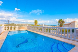 Large and comfortable villa with private pool in Calpe, on the Costa Blanca, Spain for 6 persons. The villa is situated in a hilly, wooded and residential area and at 3 km from Playa Arenal - Bol beach. The villa has 2 bedrooms and 2 bathrooms. The a, Calpe