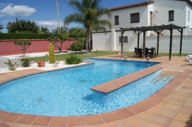 Comfortable villa situated 7 kilometers from Denia, Comunidad Valenciana, Spain with private pool, for a maximum of 6 persons. (Accommodation on the first floor)This villa is situated in a rural area and at 4 km from the beach. The accommodation has , Denia