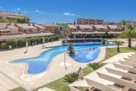Luxury holiday air-conditioned for up to6 people in Javea, Alicante, just 5 minutes from the sandy beach.This stylishly furnished self-catering apartment has a superb terrace all around the apartment with outdoor table and chairs, ideal for outdoor eating facing to the pool and garden area. In addition there is an outdoor lounge area for private sunbathing.The apartment has a superb lounge-diner with direct access to the lovely terrace, 3 bedrooms, one with bathroom ensuite, full bathroom, fully fitted kitchen and utility room. The apartment benefits air-conditioning, internet access, English TV.Located in the heart of the Arenal sandy beach area, near the shops,restaurants and bars, shops and cafés, Golden Beach is ideal for those not wishing to use a car while on holiday. There is a good supermarket just around the corner and just a5 minutestroll from the sandy beach., Javea