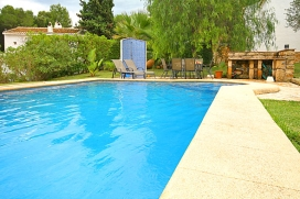 Holiday rental villa in Spain for up to 6 people.Nice villa on one level in Javea on the Costa Blanca. The villa is situated in the beautiful urbanization of Tosalet on a level plot with well maintained gardens surrounding the property. There is a la, Javea