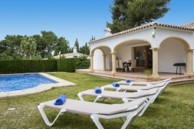 Beautiful and comfortable holiday home in Javea, on the Costa Blanca, Spain  with private pool for 4 persons, Javea