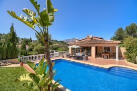 Beautiful and comfortable villa in Javea, Costa Blanca, Spain for a maximum of 4 persons with private pool. This recently totally renovated luxury villa on one level is situated in a quiet residential area in Javea. The spacious lounge/dining ar, Javea