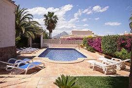 Cosy villa with private pool, in Javea, Costa Blanca, Spain for a maximum of 8 persons.This villa is situated in a hilly and urban area with a lawned garden with trees. The villa is in a very quiet area which is a perfect place to relax.It is situated very close to El Arenal with its sandy beach. The vicinity of places to shop, places to go out, sports and entertainment facilities makes this a fine villa to spent your holidays with family or friends and even your pets.Important note This villa is let to one family at a time only, but the rental amount depends on the number of occupants and therefore the accommodation is advertised on the web site several times with a different number of people and prices. Interior, Javea