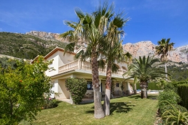 Large and comfortable villa  with private pool in Javea, on the Costa Blanca, Spain for 10 persons, Javea
