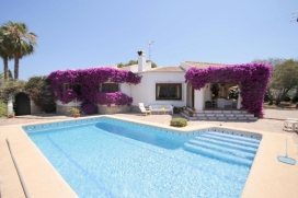Beautiful and cheerful villa with private pool in Javea, on the Costa Blanca, Spain for 10 persons. , Javea