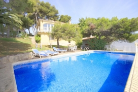 Large and comfortable villa with private pool in Javea, on the Costa Blanca, Spain for 10 persons. T, Javea