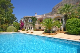 Large and luxury villa in Javea, on the Costa Blanca, Spain  with private pool for 8 persons, Javea