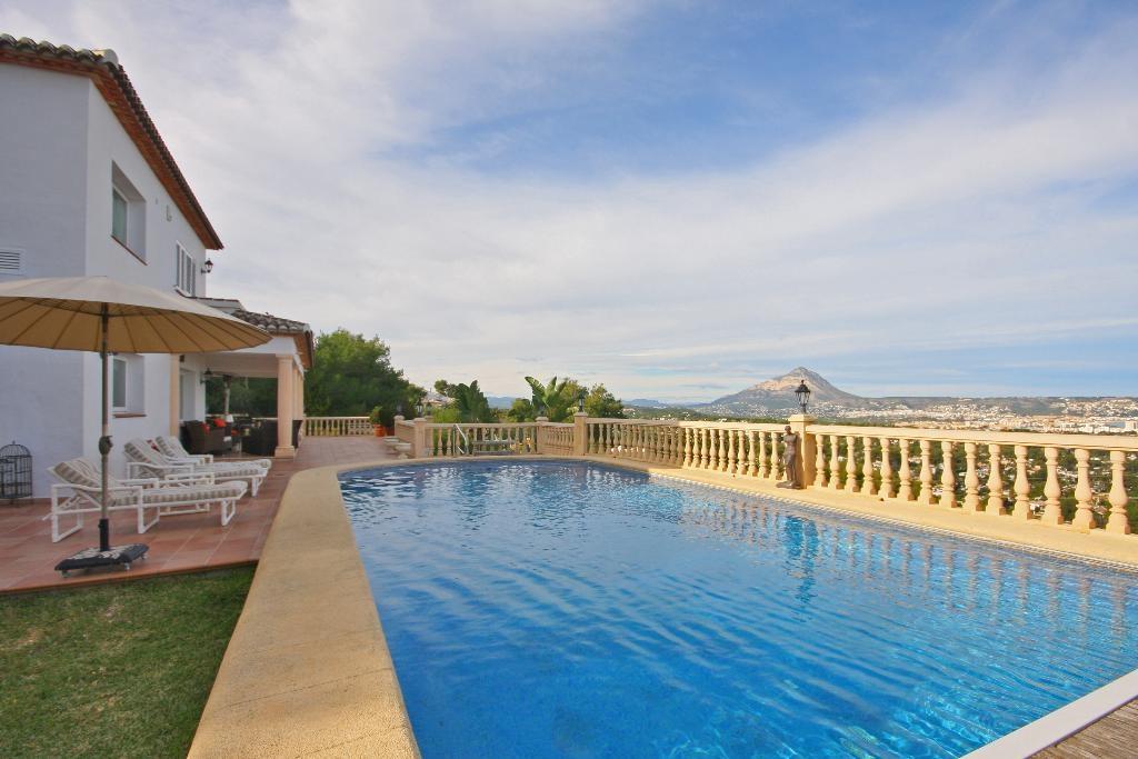 Aguila Rent - Pool Villas