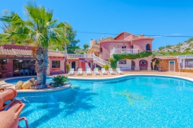 Large and nice villa in Moraira, on the Costa Blanca, Spain with private pool for 10 persons. The villa is situated in a rural and residential area and at 3 km from Playa de Moraira beach. The villa has 4 bedrooms, 3 bathrooms and 1 guest toilet, spr, Moraira