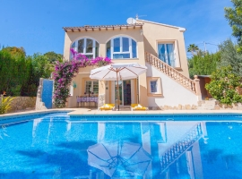 Beautiful and cheerful villa in Moraira, on the Costa Blanca, Spain  with private pool for 4 persons