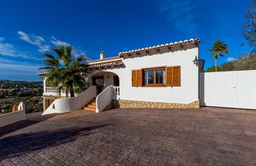 Villa to spend the winter in moraira spain matisse invierno - Swimming pool repairs costa blanca ...