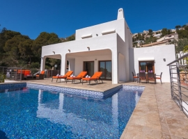 Wonderful and nice villa in Moraira, on the Costa Blanca, Spain  with private pool for 6 persons