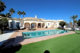 Villa Leonor, Large and luxury villa  with private pool in Moraira, on the Costa Blanca, Spain for 4 persons...