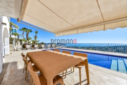 Villa Letizia, Lovely and luxury villa  with private pool in Moraira, on the Costa Blanca, Spain for 6 persons...