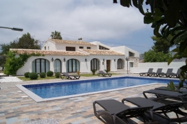 Set amidst the famous Muscatel Vineyards, Finca SAN MIQUEL stands majestically on a small mount, overlooking the nearby village of Teulada just 1km. away., Teulada