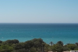 Large and comfortable apartment  with communal pool in Villajoyosa, on the Costa Blanca, Spain for 7 persons, Villajoyosa