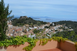 Apartment on Holiday rental for a máximum of 6 peoples.situated near to Begur´s centre, Begur, Costa Brava., Begur