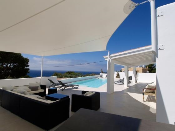 Luxury Villa in Ibiza, Cala Conta for Rent with 5 Bedrooms