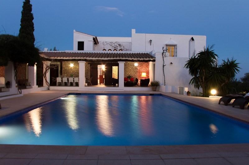 Ibiza Villa 719 For Rent In Ibiza Town With 5 Bedrooms