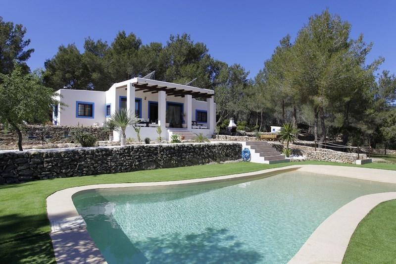 Ibiza Villa For Rent in San Mateo