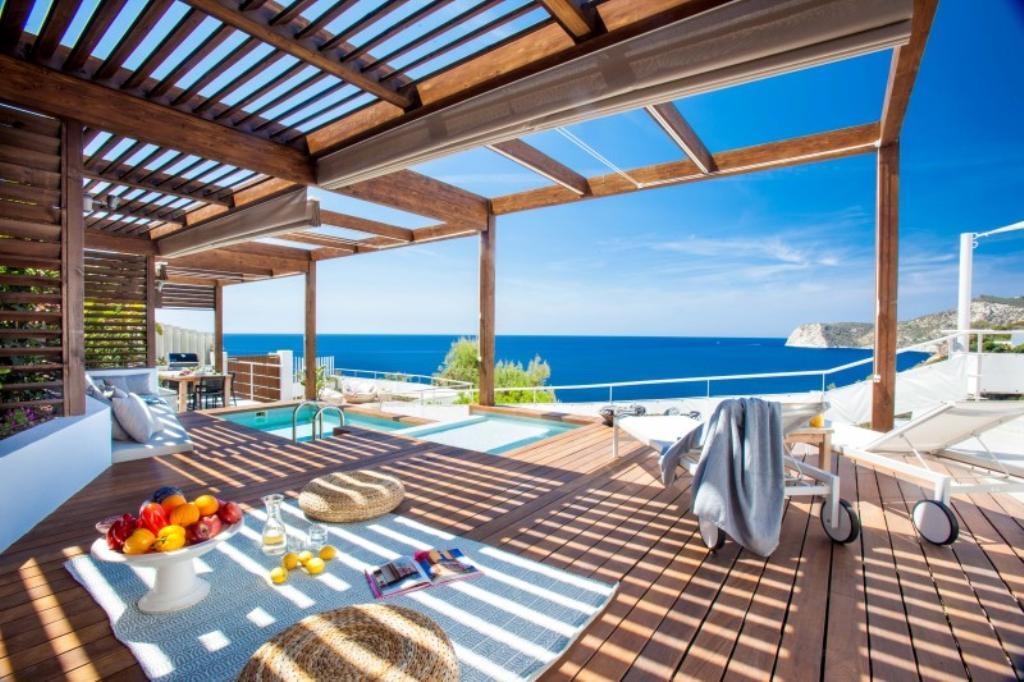 Ibiza Villa For Rent in Vista Alegre
