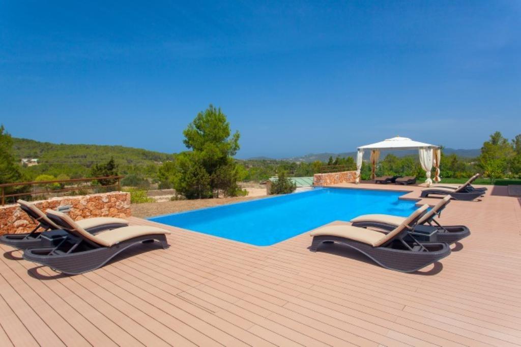 Ibiza Villa For Rent in Benimussa